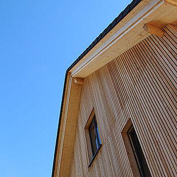 CLT Massive Holzbauelemente direkt von Schwarzwald CLT mit besten Eigenschaften: Regional, nachhaltig, klimafreundlich und Qualität aus der Region!