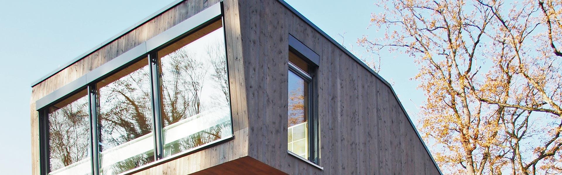 SCHWARZWALD CLT - Ansicht extravagantes Holzhaus